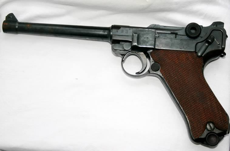 Luger Navy Model http://www.deactivated-guns.co.uk/detail/navy_Luger.htm
