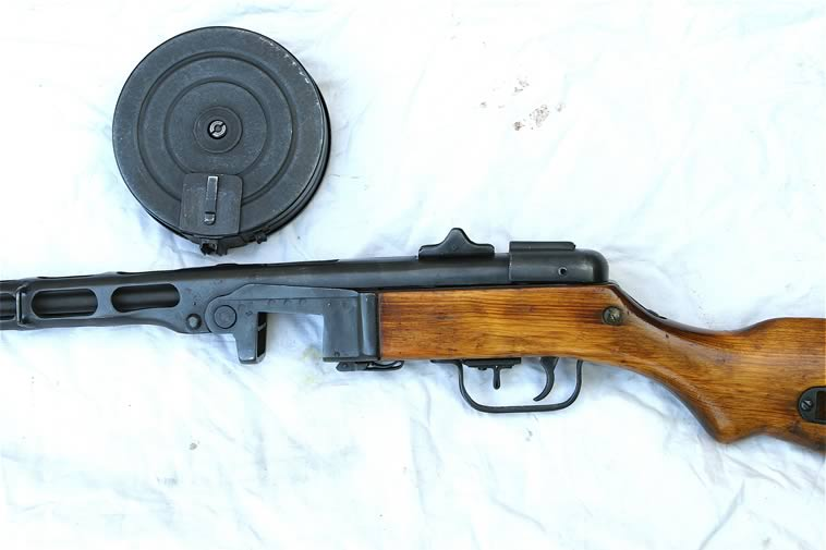 Deactivated wwii russian ppsh41 deactivated with all moving parts it