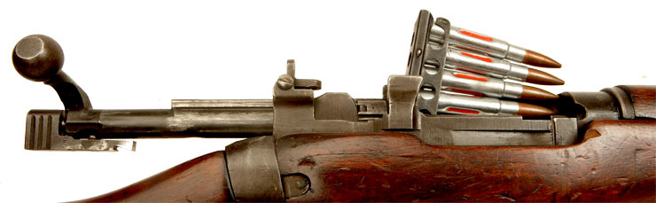 Deactivated WWII Lee Enfield No4 MKI* with accessories