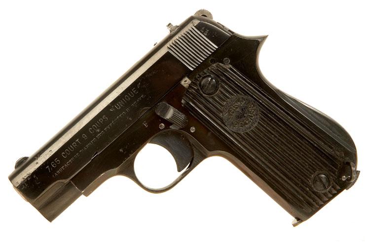 pistole kommandantur lille