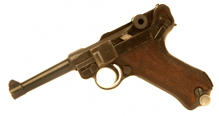 Deactivated WWII PO8 Luger dated 1939