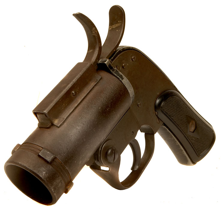 Deactivated WWII US  M8 Flare or Signal pistol.