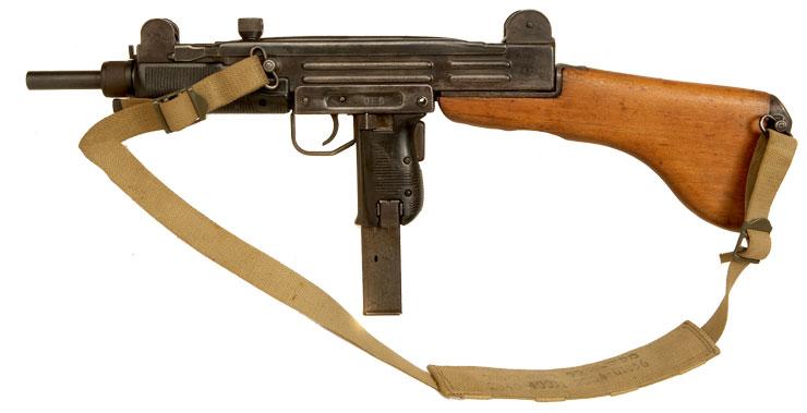 Deactivated OLD SPEC Israeli Uzi Submachine Gun with Accessories