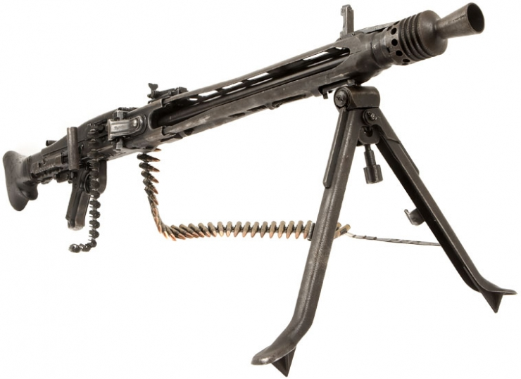 Deactivated Yugoslavian MG42/M53 with Belt and Rounds - Modern