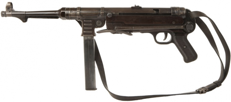Deactivated Nazi MP40 Sub-machine gun